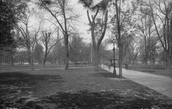 Franklin_Square_1910