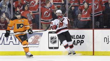 030815_Flyers-Devils-Sad_AP