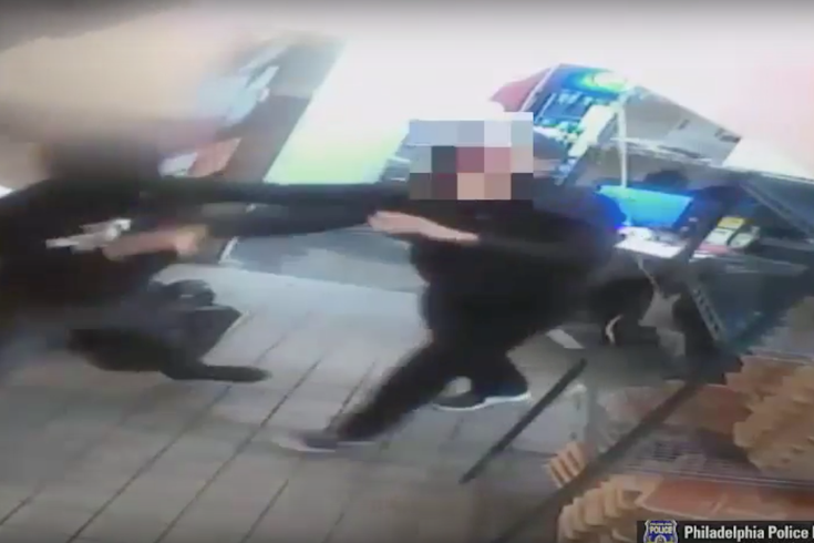 Heroic Pizza Hut employee fights back against three armed robbers