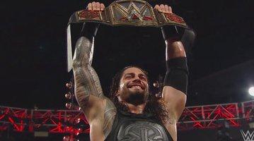 111515_reignsbelt_WWE