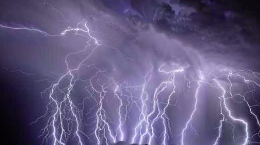 050515_lightning