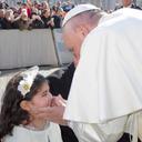 Philomena Stendardo meets Pope Francis