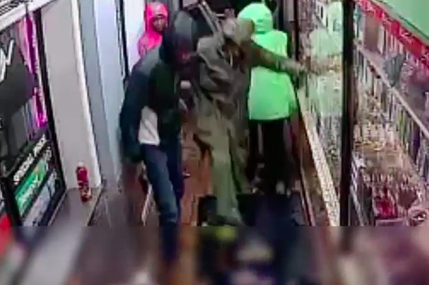 Philadelphia Police video - Assault in South Philly deli