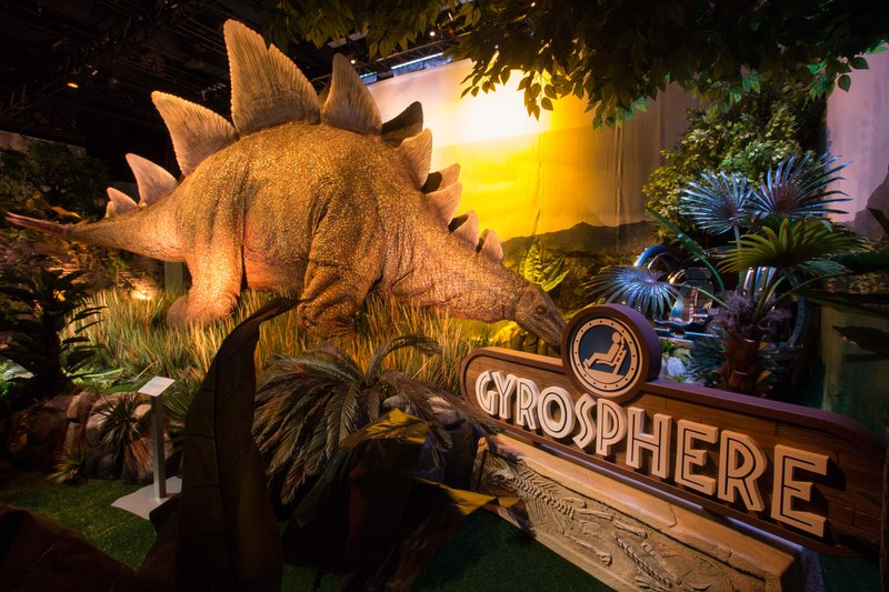 Jurassic World exhibit will feature life-size animatronic dinosaurs