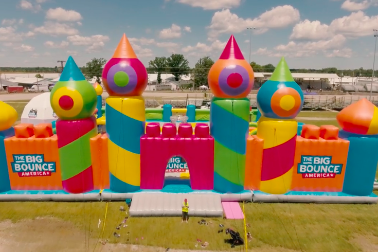 'World's biggest bounce house' coming to Delaware County ...