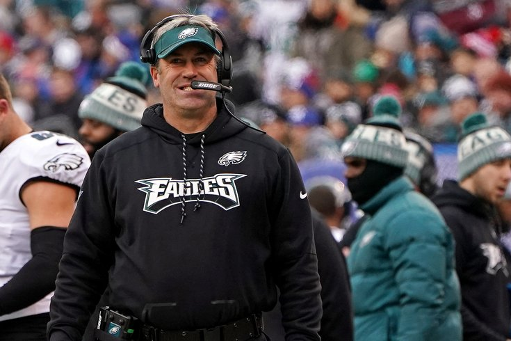 Philadelphia Eagles leave it late before beating Oakland Raiders
