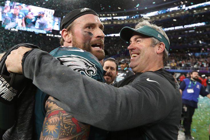 Eagles GM confirms Chris Long will play in 2018