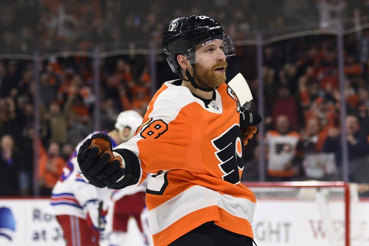 Claude Giroux makes late Hart case with epic season finale