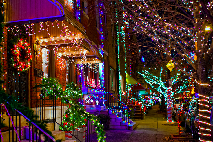 New Founding Footsteps Holiday Lights Tour Through Philly