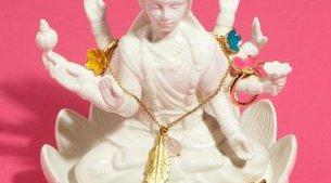 Hindu jewelry stand