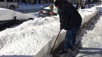 Brewerytown blizzard shoveling 2016