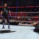 052016_stylesreigns_WWE