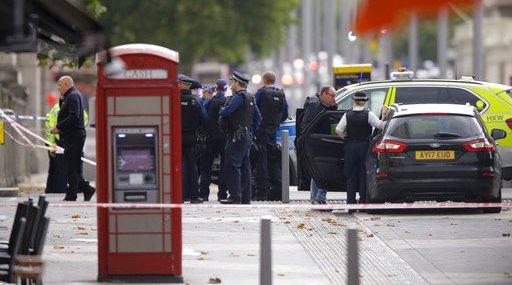 Britain Car Hits Pedestrians