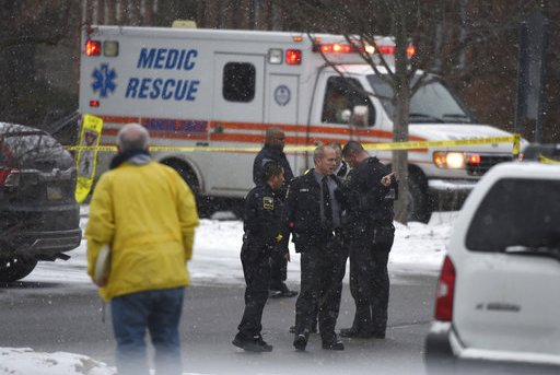 2 dead in shooting at Penn State Beaver campus in W. Pennsylvania