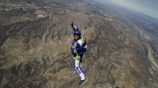 APTOPIX Skydiving Without Parachute