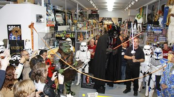 Star Wars Memorabilia Stolen