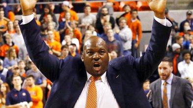 College Basketball-Fraud Charges