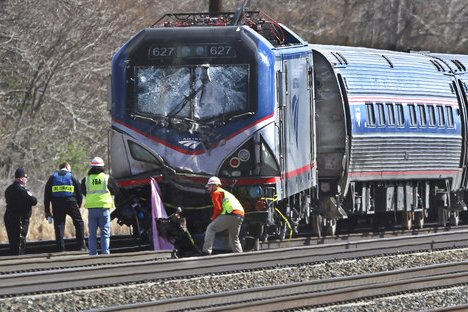Amtrak Train Derails Pennsylvania