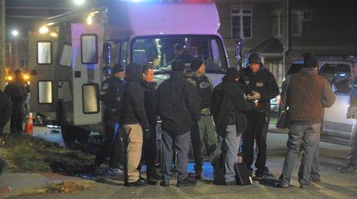 Officer Shot Detroit